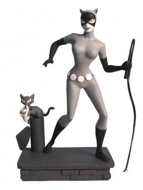 Figura Catwoman Femme Fatal Diamond 23 cm