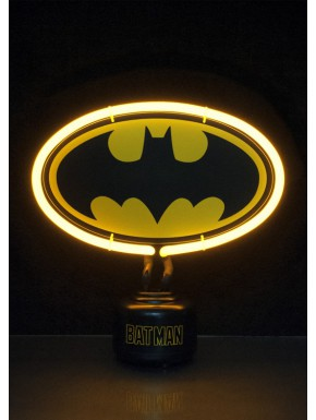 comparativa de tamaños entre las dos lamparas de neon