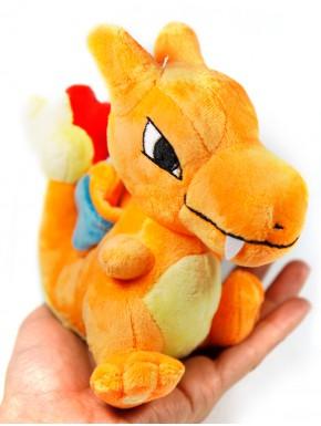 Pokemon peluche Charizard 15 cm