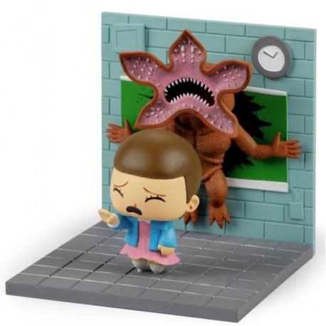 Figura Diorama Eleven vs Demogorgon Stranger Things 13 x 14cm