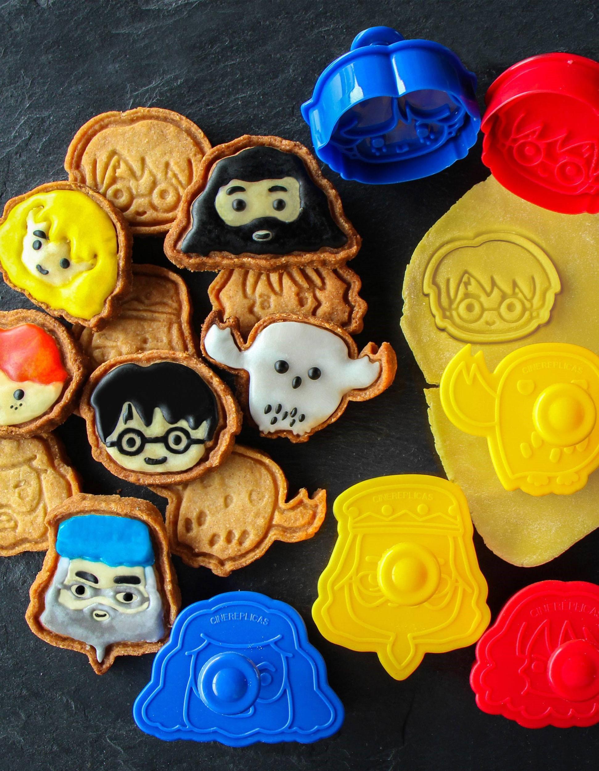 Set 5 moldes de silicona para galletas Harry Potter