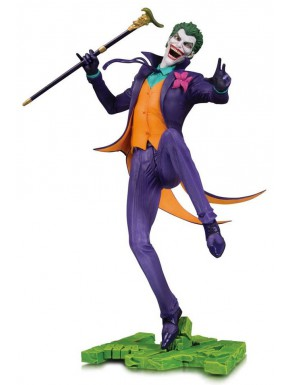 Figura The Joker DC Core 28 cm DC Collectibles