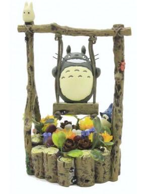 Figura Totoro en columpio 13cm