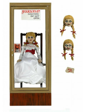 Figura Ultimate Annabelle 15 cm The Conjuring Universe
