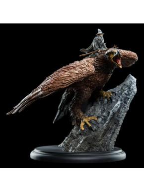 El Señor de los Anillos Estatua Gandalf on Gwaihir 15 cm