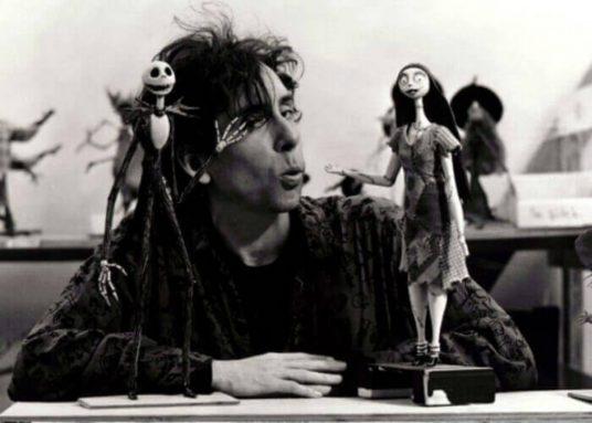 Tim Burton, que estás en el cielo...